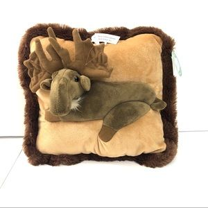 JAAG 3-dimensional moose pillow - lodge decor